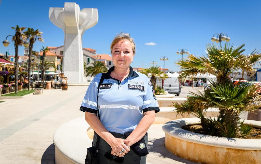 Helena Khanova, policijska službenica iz Česke na ispomoći u PP Vodice