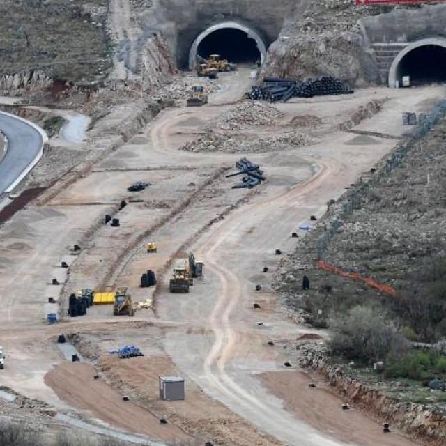 Gradnja autoceste, Crna Gora