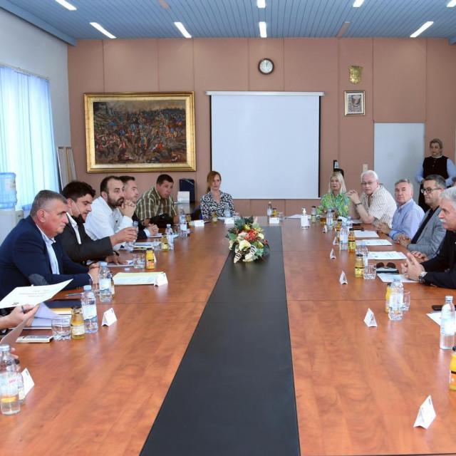 Predstavnici Splitskog sveučilišta i Grada Sinja planiraju nove zajedničke projekte