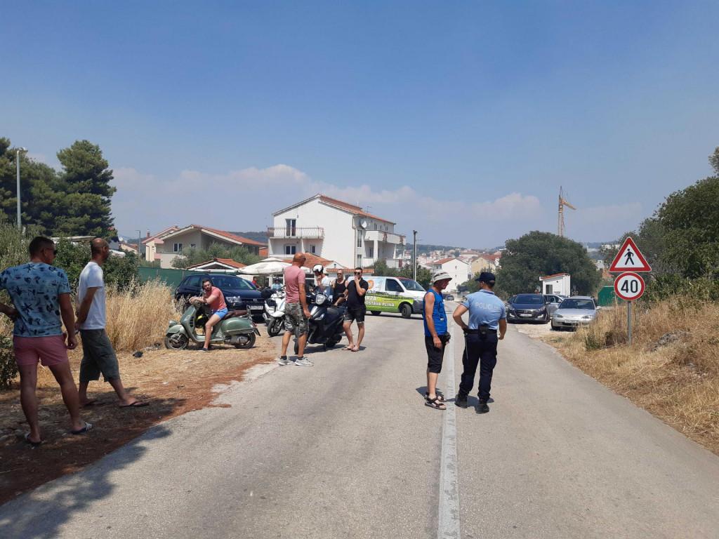 Policija spriječava prolaz prema Okrugu Gornjem
