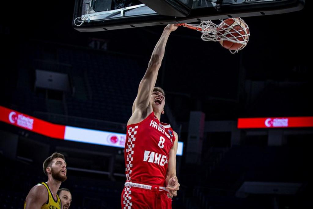 Roko Prkačin u dresu reprezentacije protiv Švedske u kvalifikacijama za Eurobasket