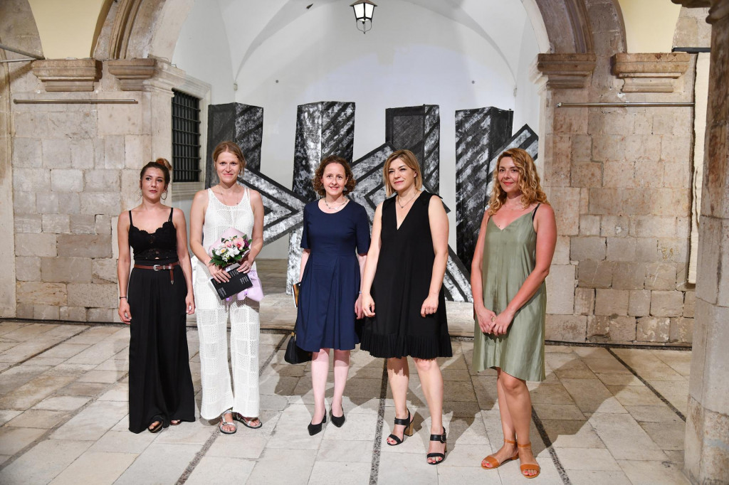Mirja Capor, Selma Hafizović, Nina Obuljen Koržinek, Dora Ruždjak Podolski i Nikolina Putica