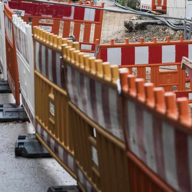 Radovi na završetku šibenske aglomeracije će kasniti, ovog puta zbog neodgovornih građana