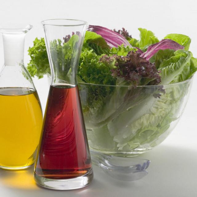 Ulje i ocat su neizostavni dio dobre salate