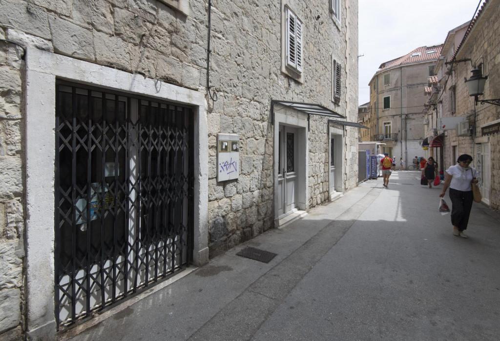 Turistička agencija 'Magellan' u Plinarskoj ulici nije svim roditeljima vratila uplaćeni novac za izlete i ekskurzije