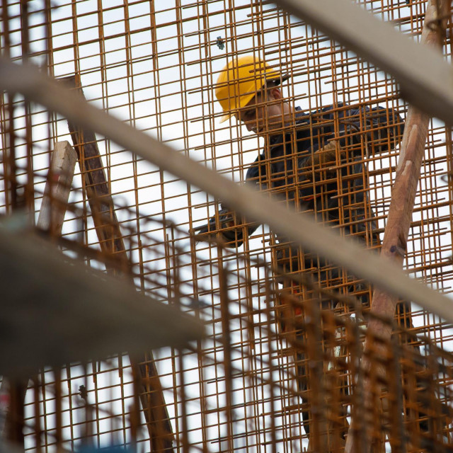 Radnike su tražili i izvan granica RH, a građevinari kažu da su se Albanci pokazali najboljima