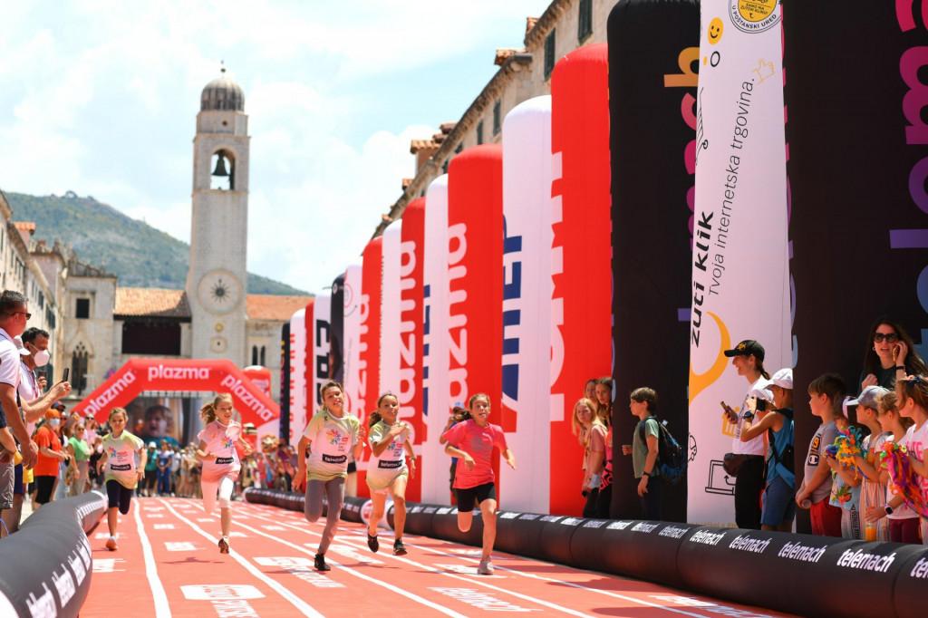 Nikol Koprivica pobjeđuje u finalu utrke na 60 metara u Dubrovniku