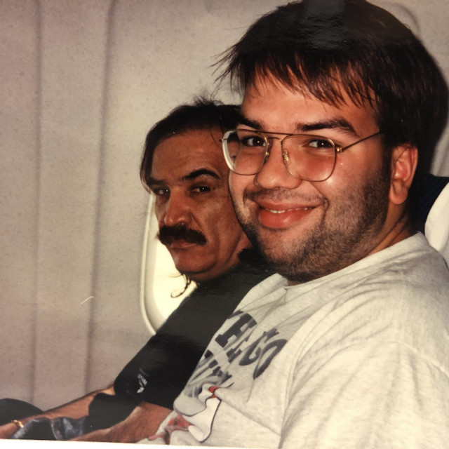 Mišo i Roko Vuletić u avionu, na turneji...