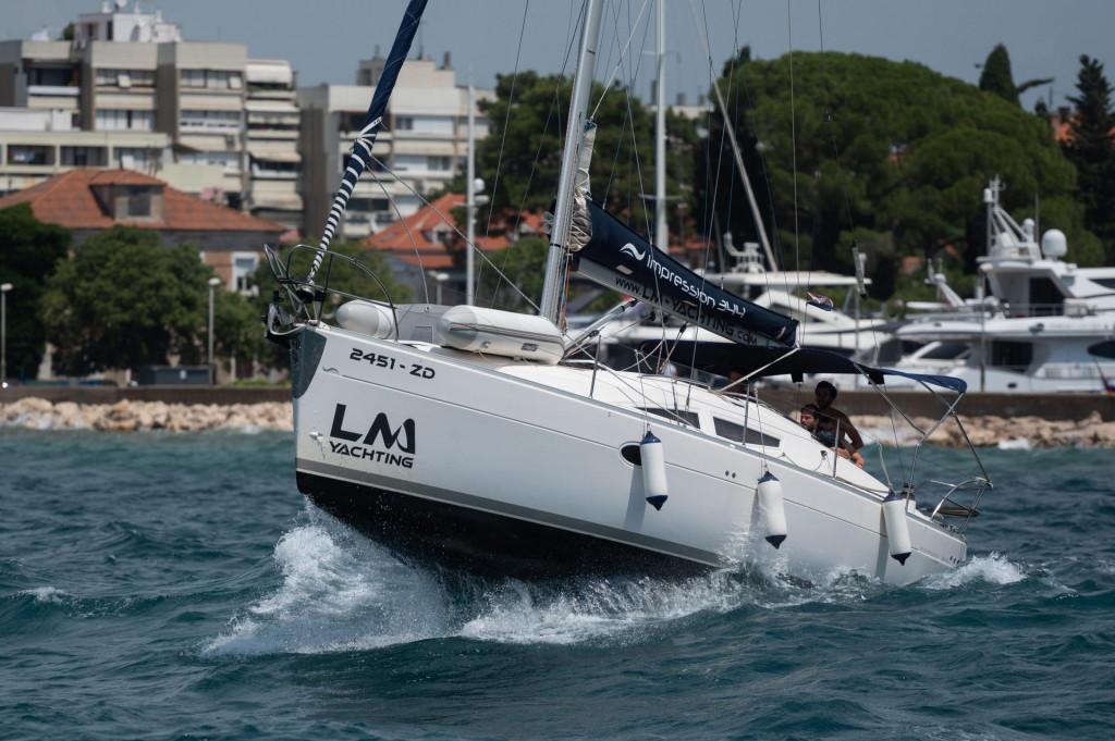 Zadar, 160721.<br /> Na zadarskom podrucju danas puse jak sjeverozapadnjak koji uzrokuje probleme u pomorskom prometu.<br />