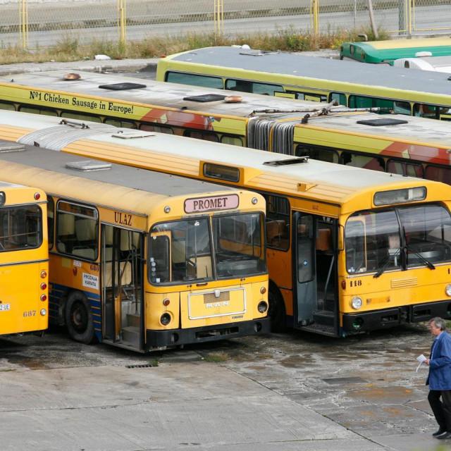Autobusi koje je odvjetnik Lubina dobio presudom iz 2014. godine nisu odavno bili u voznom stanju