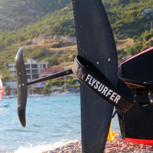 'Leteći surferi' u Vignju