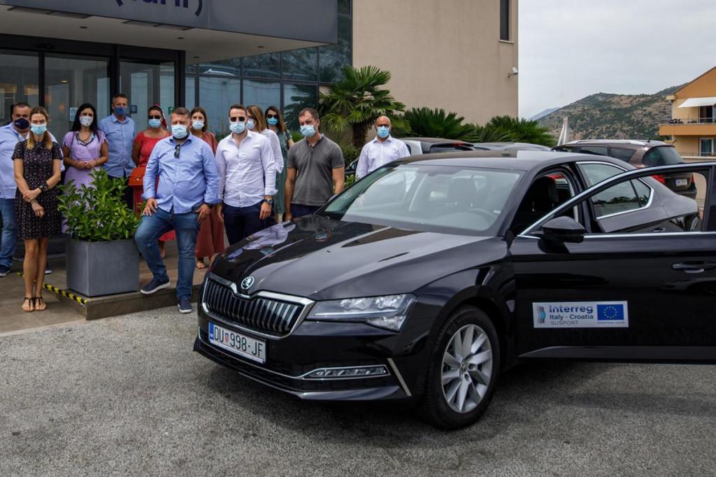 Stiglo je hibridno vozilo iz EU projekta