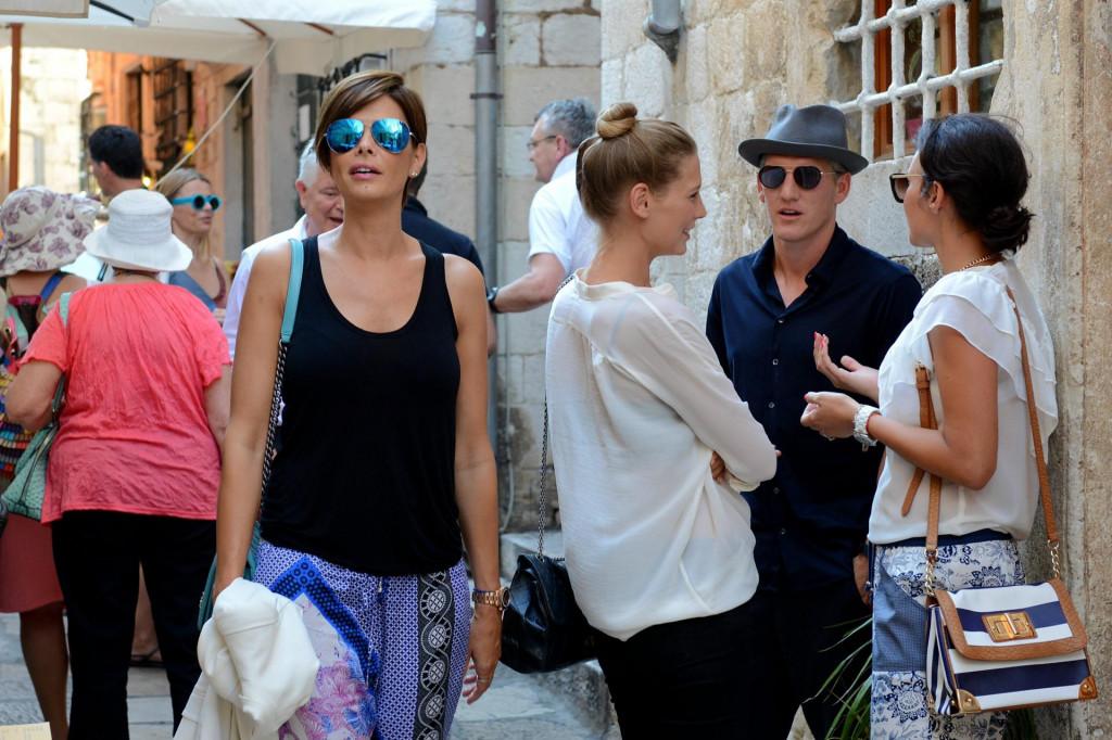 Anica Kovač snimljena 2014. u Dubrovniku, u društvu Bastiana Schweinsteigera i Sarah Brandner