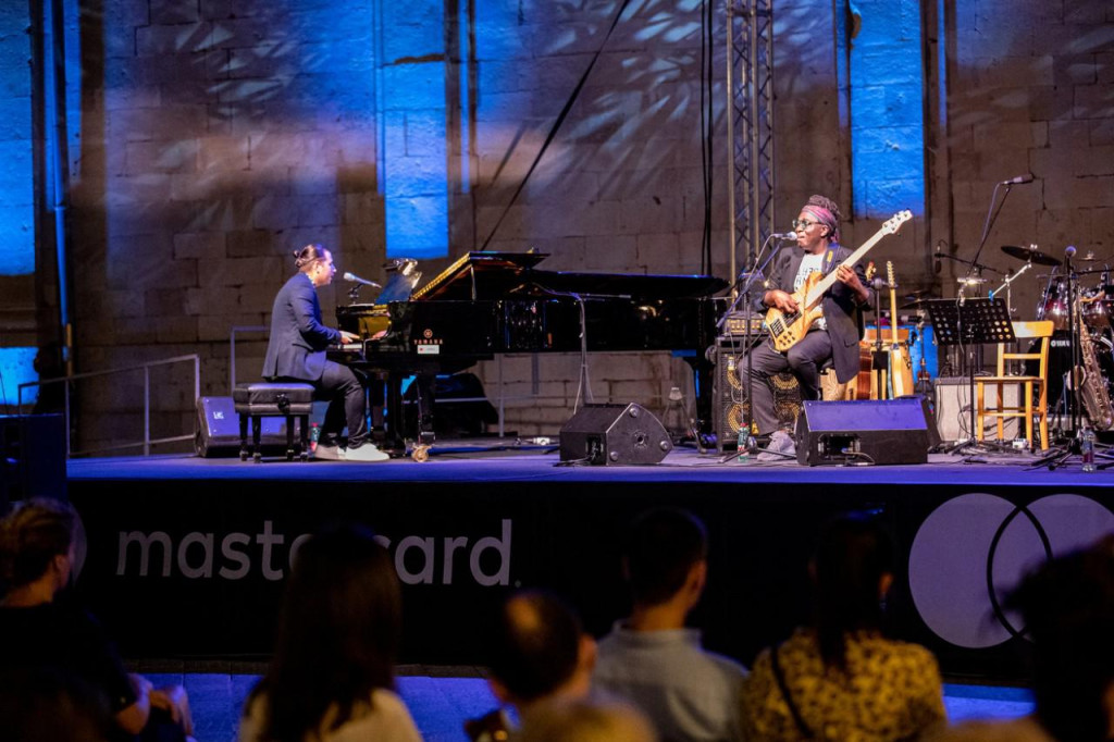 Richard Bona i Alfredo Rodríguez trio uz Jazz orkestar HRT-a priredili noć za pamćenje