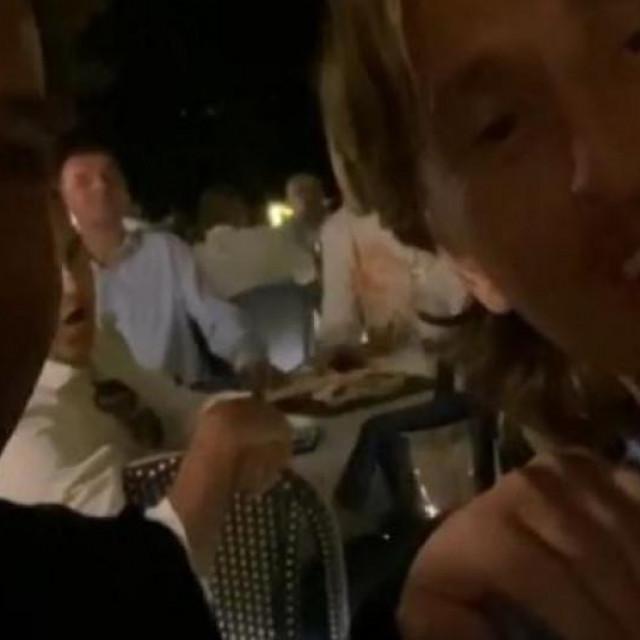 Modrić i Del Piero pjevaju na terasi restorana u Zadru