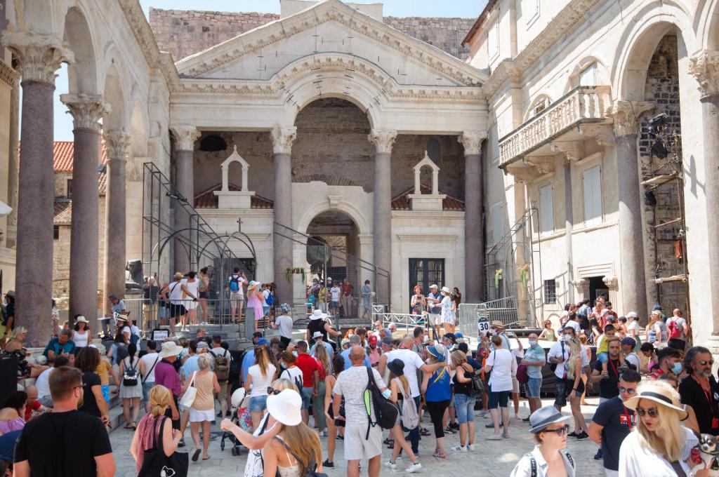 Trenutačno u Splitu boravi preko 14.000 turista
