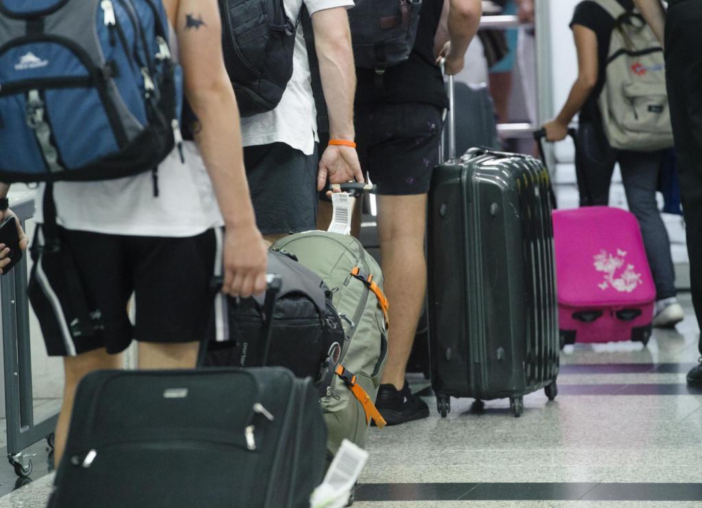 Kastel Stafilic, 260716<br /> Reportaza iz zracne luke Split - Kastela.<br /> Na fotografiji: putnici u zgradi zracne luke<br />