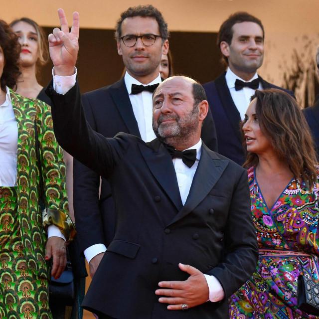 Kad Merad sa suprugom Emmanuelle Cosso na crvenom tepihu Cannesa