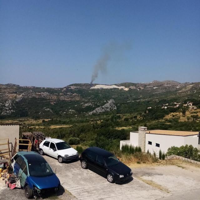 Požar otvorenog prostora na Gornjem Brgatu kod crkve Sv. Ana