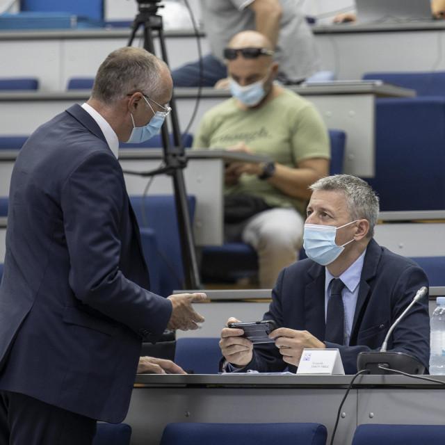 Predsjednik novoga Gradskog vijeća je Jakov Prkić (desno)<br />