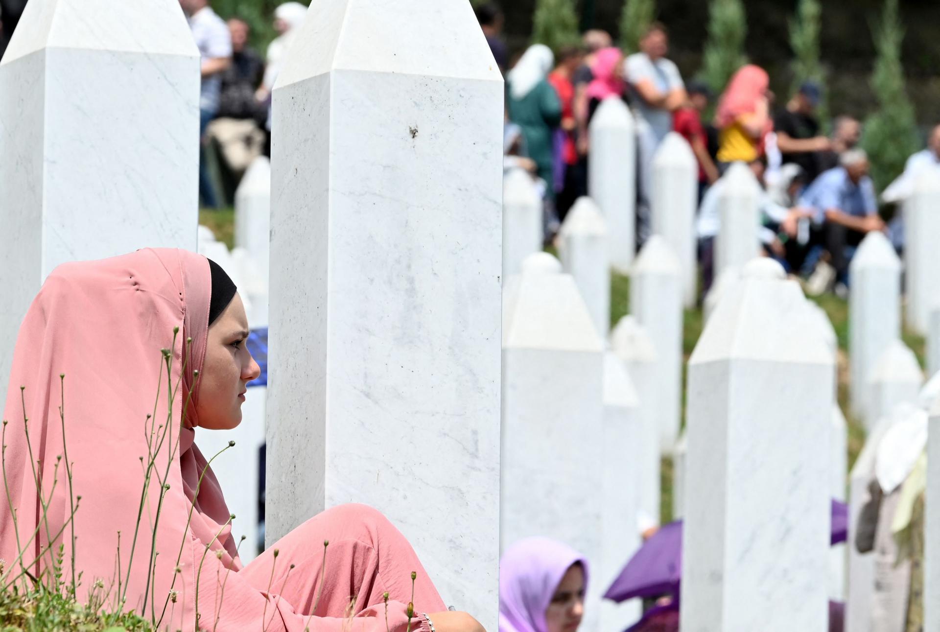 Jedan od čelnika Svjetskog židovskog kongresa tvrdi: 'Nijekanje genocida u Srebrenici podsjeća na nacističku propagandu'