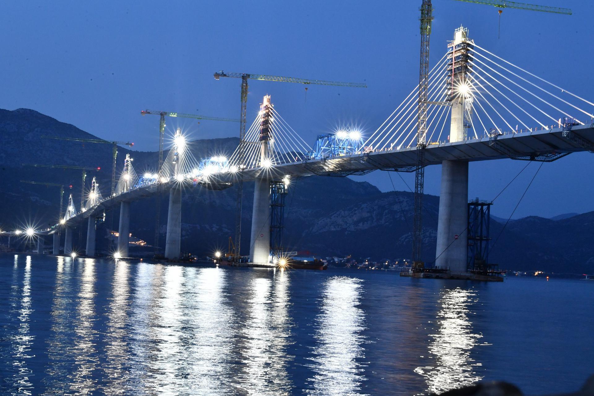 Glavni projektant Pelješkog mosta ponosan na svoj projekt: 'Dizajniran je za jače vjetrove od onih koji tu pušu, a neće ga oštetiti ni potresi'