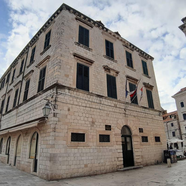 Palača Ranjina