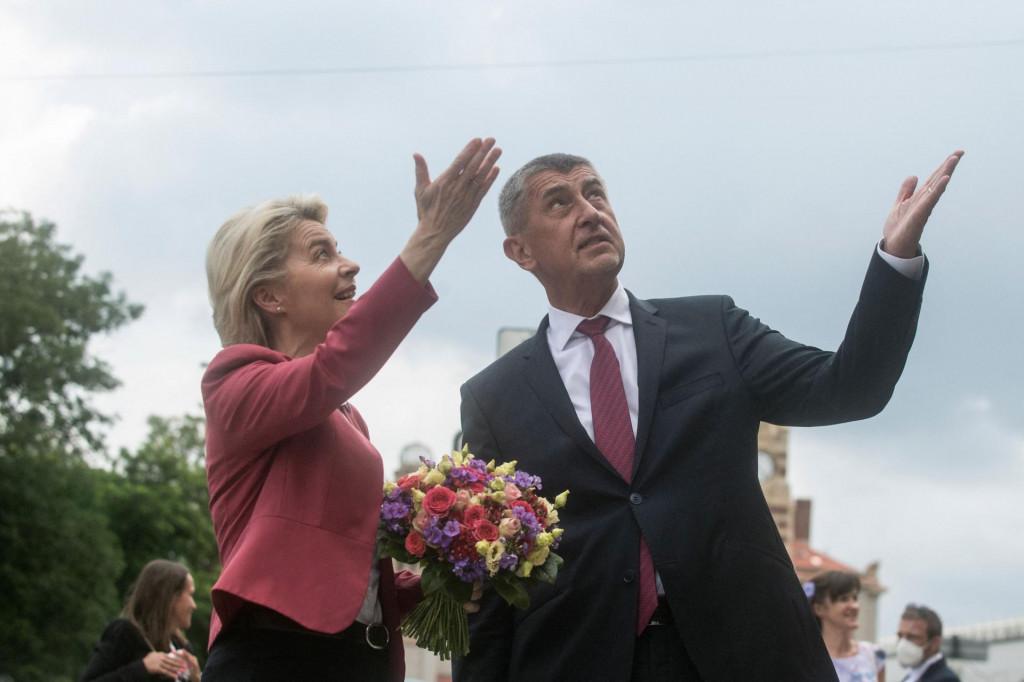 Češki premijer Andrej Babiš obradovao je zaposlenike i sindikate