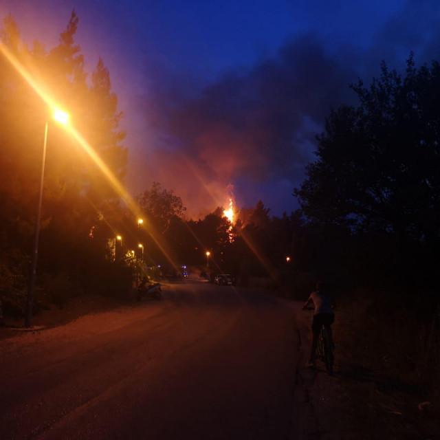 Požar u Solinu