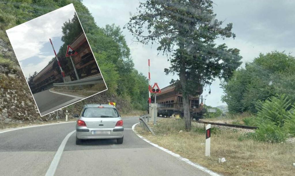 Rampa na pružnom prijelazu nije se spustila u trenutku prolaska vlaka, a nije bilo ni zvučnog ni svjetlosnog signala.