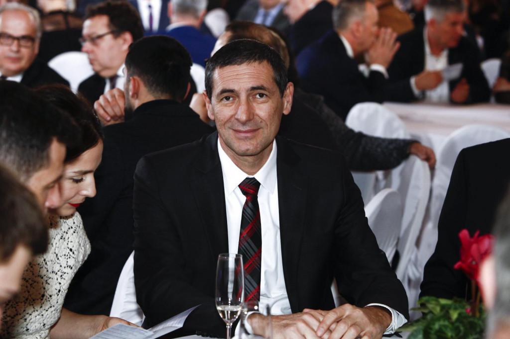 Ante Kotromanović: Postrojbe HVO-a koje je predsjednik odlikovao prošle godine dobri su dečki s kojima sam se borio rame uz rame<br />