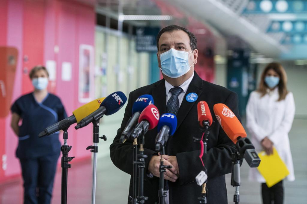 Što budemo imali povoljniju epidemiološku sliku u cijeloj zemlji, brže ćemo cijeli bolnički i zdravstveni sustav vraćati uobičajenim tokovima, rekao je ministar zdravstva Vili Beroš<br /> Neja Markičević/CROPIX