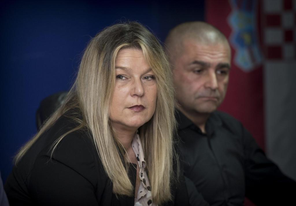 Natalija Petković, zamjenica ravnatelja USKOK-a i Ivan Kasum, voditelj PN USKOK-a na konferenciji za medije nakon uhićenja Rajićeve 'zločinačke' prije dvije godine