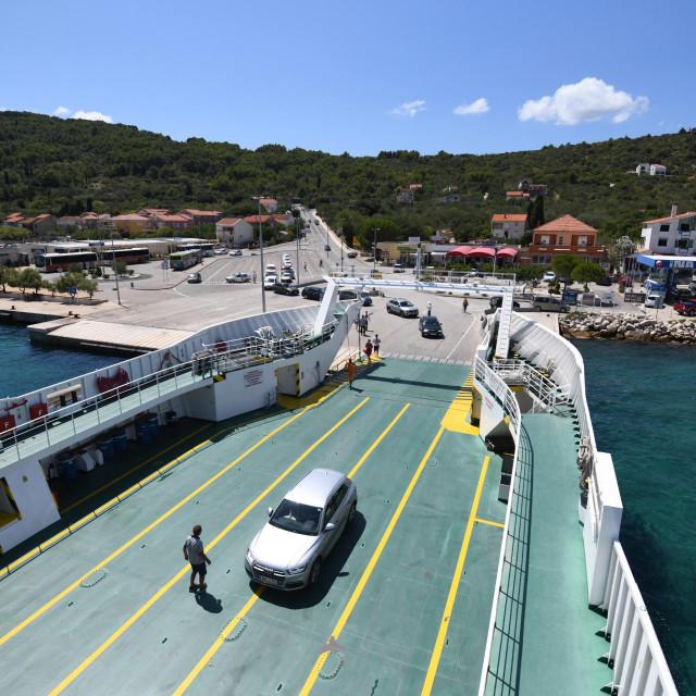 Prizor iz trajektnog pristaništa u Preku na otoku Ugljanu.<br />