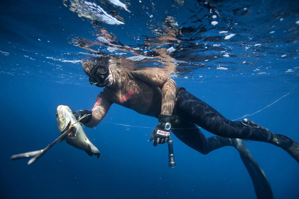 Teško je odlučiti se za izron dok ti riba dolazi na domet puške - kaže Stjepko Kesić (na slici)