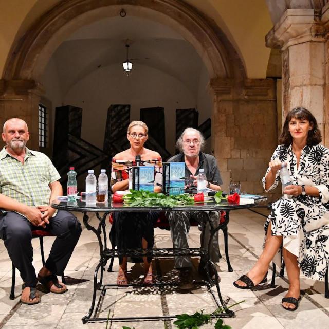 Boris Njavro, Ivana Lovrić Jović, akademik Luko Paljetak i Staša Aras