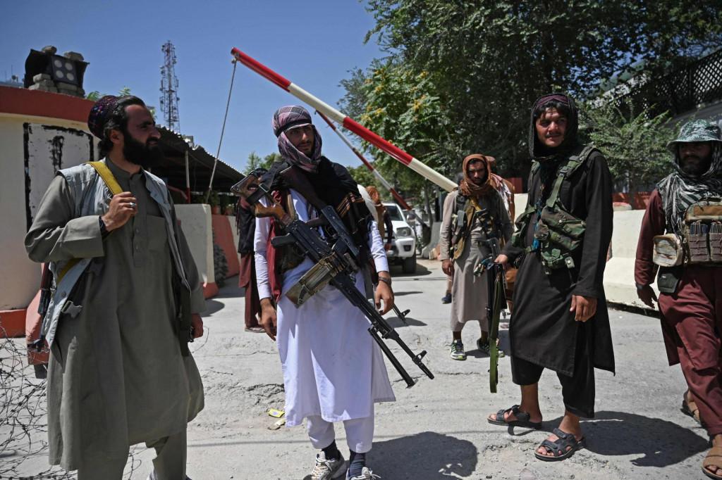 Talibani patroliraju Kabulom