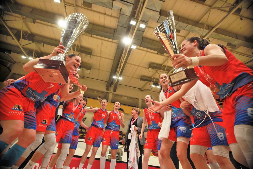 Košarkašice Raguse su slavile u sezoni 2020./21. osvajanje prvo Kupa 'Ružice Meglaj Rimac', a nakon toga i naslov prvaka Hrvatske, prve trofeje u povijesti kluba