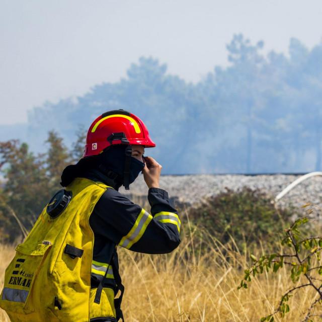 Proteklih dana požari plamte diljem Šibensko-kninske županije