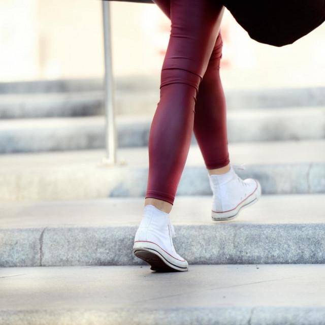Kad god možete, otiđite do trgovine ili do posla pješice, idite stubama