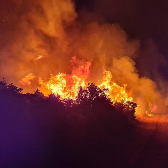Požar na Hvaru izazvao je veliku štetu