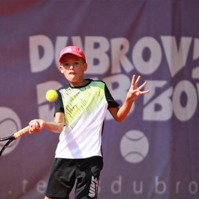 Luka Jarak, član Tenis kluba Ragusa, pobjednik Otvorenog prvenstva Tenis kluba Ragusa do 12 godina