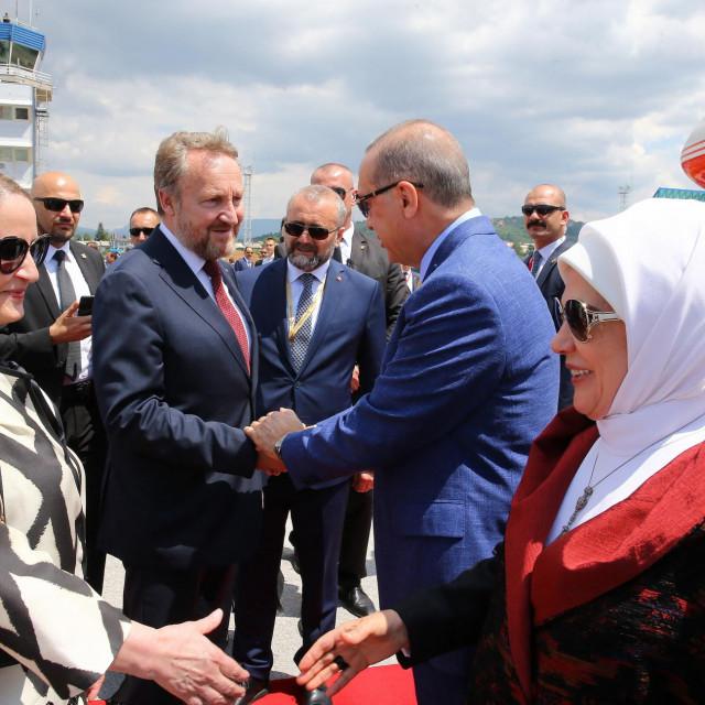 Bakir i SebijaIzetbegović srdačno su prije tri godine dočekali Eminu i Recepa Tayyipa Erdogana