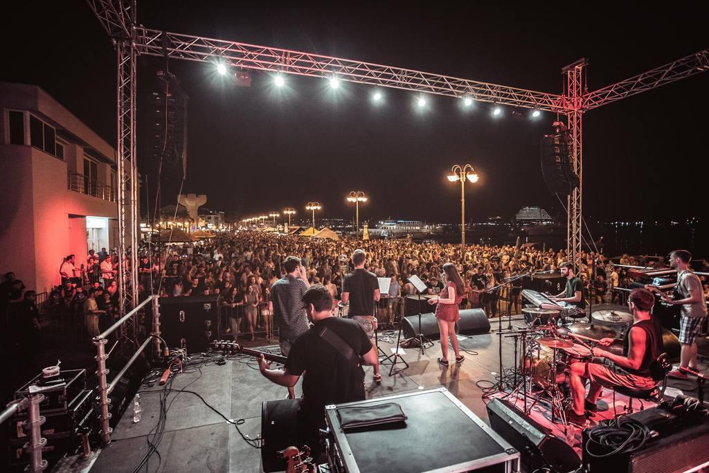 Vodički bend Spectrum na jednom od nastupa
