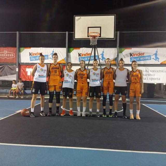 Košarkašice Šibenika sa glavnim suparnicama iz Brčkog