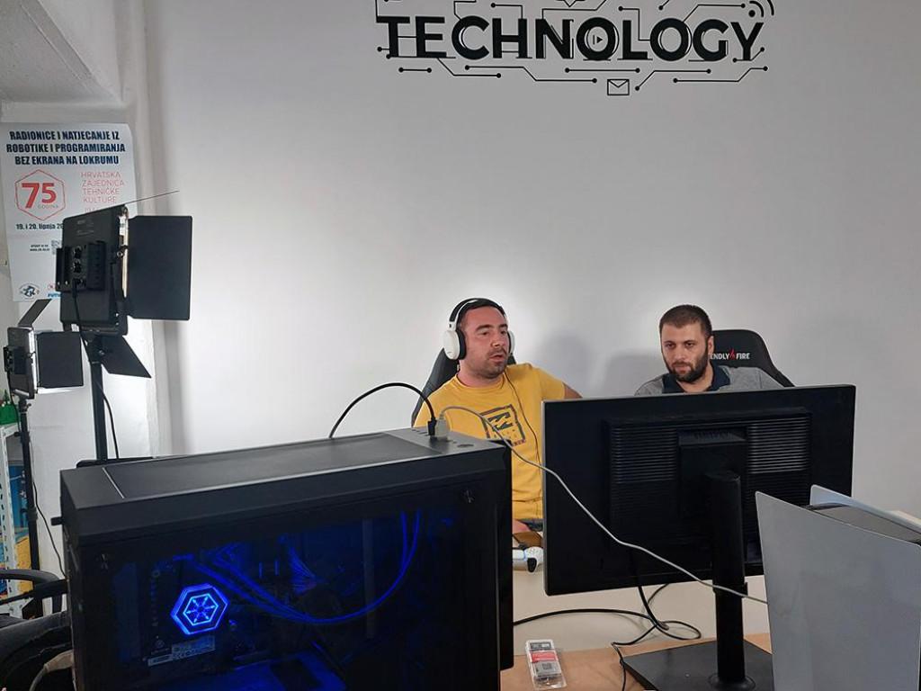 U subotu 28. kolovoza je održan besplatni online gaming Warzone Rebirth Trio turnir