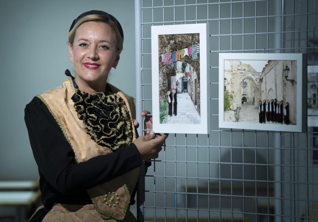 Helena Ivančić: Tata je u svaki reljef utkao djelić sebe, pa bih izložbu 'Moje klapice' posvetila njemu