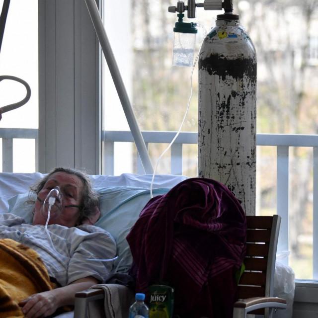 Pacijentica na COVID odjelu sarajevske bolnice