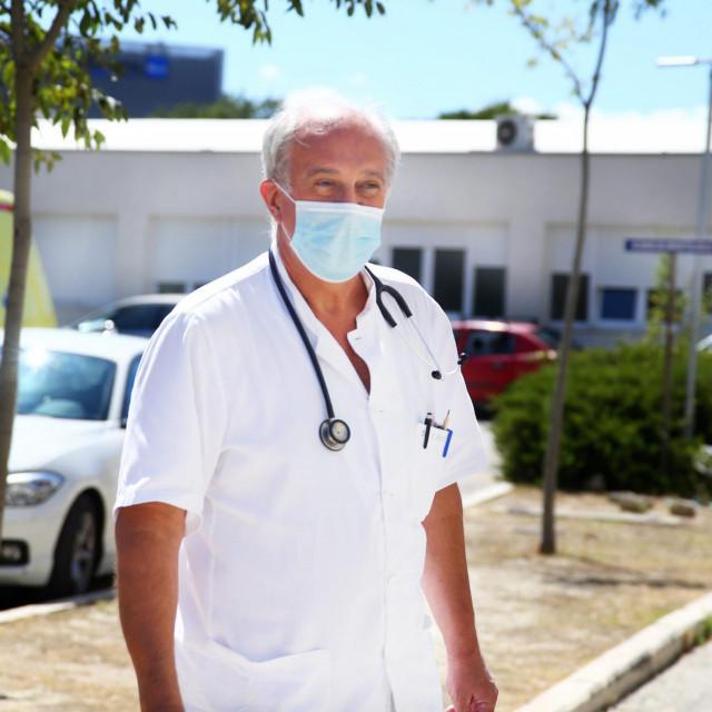 Dr. Ivić: Jasno mi je da ljudi moraju raditi i zaraditi, ali isto tako mi je jasno da će zbog toga mnogi oboljeti, a tko zna koliko njih i umrijeti...