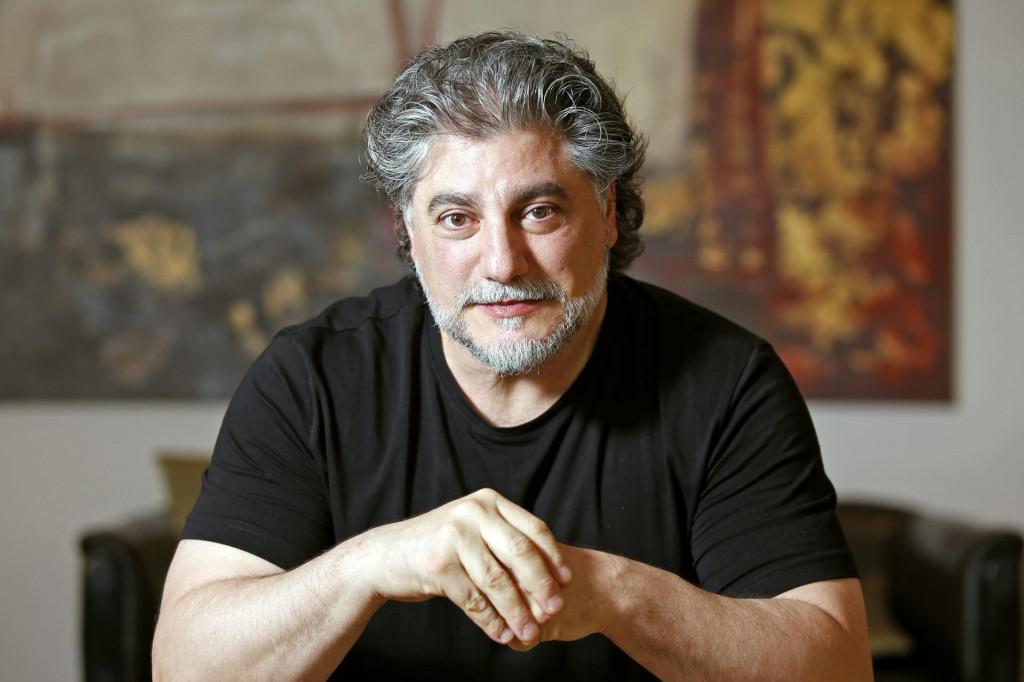 Jose Cura, argentinski operni pjevac.
